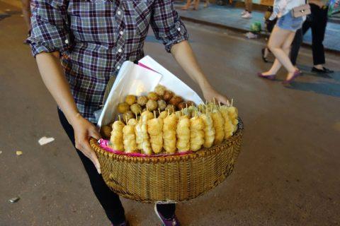 試食/ハノイナイトマーケット