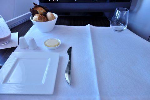 テーブルクロス/カタール航空ビジネスクラス