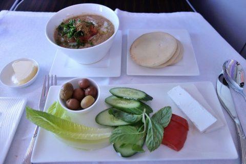 伝統的なアラビア風朝食/カタール航空ビジネスクラス