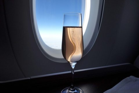 シャンパンのロゼ/カタール航空ビジネスクラス