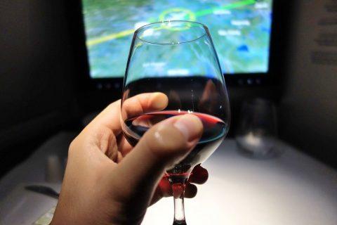 赤ワインの価格/カタール航空ビジネスクラス
