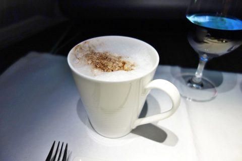 カプチーノ/カタール航空ビジネスクラス