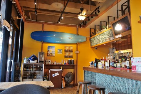 Lanikai-Terrace-Blue-Board-Cafeの店内