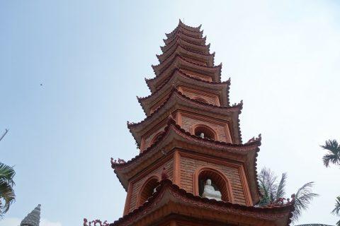 鎖国寺の仏舎利塔