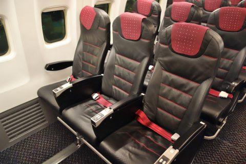 非常口座席JAL
