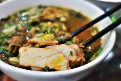 バインダークア/鶏肉/quanbacu-haiphong