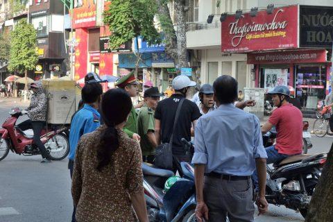 vietnam-hanoi/バイク事故