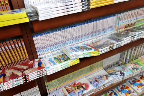日本のコミック/ベトナムの書店
