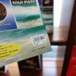ベトナム・ハノイの書店で見つけた日本のマンガと西洋の楽譜