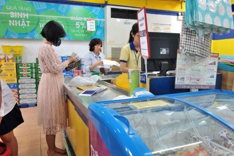 ベトナムのスーパーのレジ