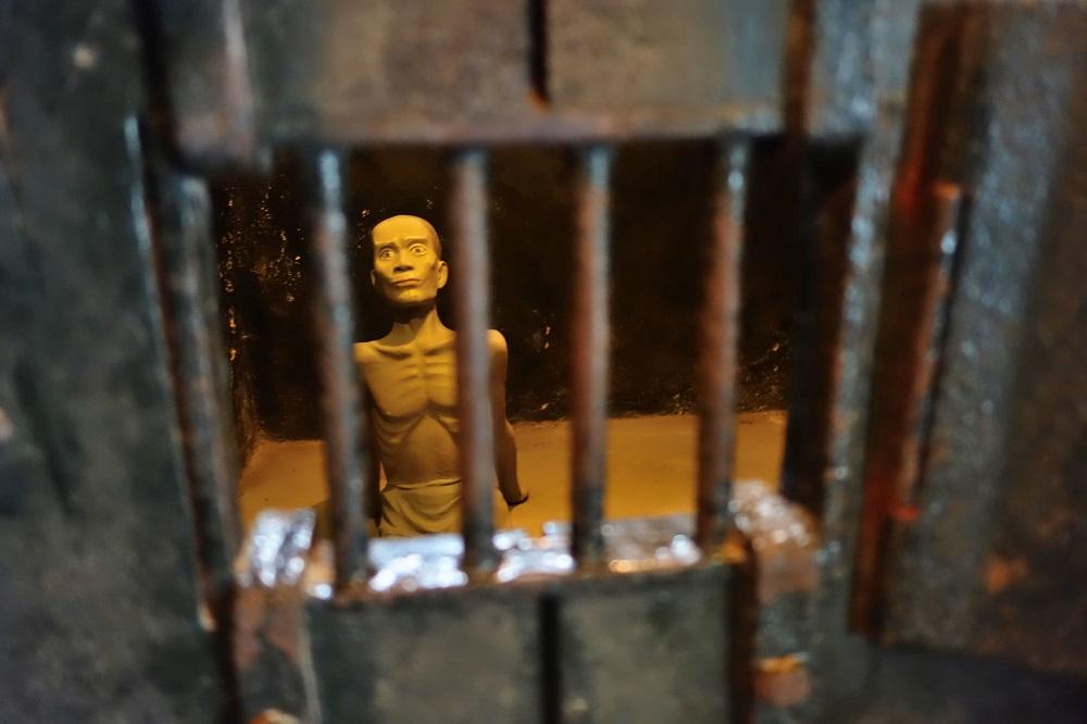 hoa-lo-prison-historical-relic (12)