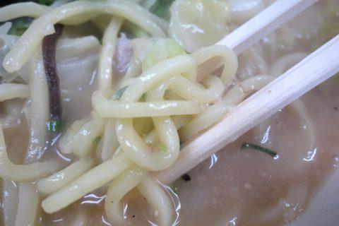 みそチャンポンの麺