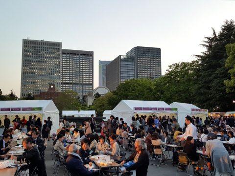 日比谷公園のワインフェスティバル