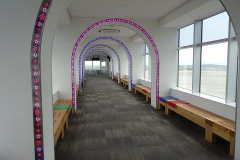 徳島空港展望スペースへのアプローチ