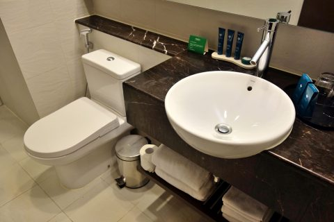 PARKROYAL-Serviced-Suites-KualaLumpur/洗面台