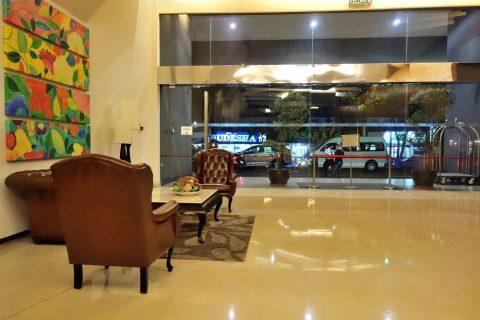 PARKROYAL-Serviced-Suites-KualaLumpur/エントランス