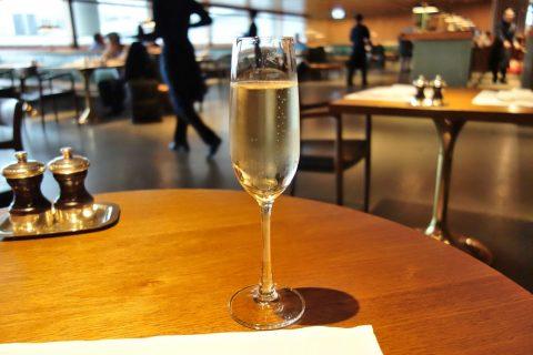シャンパン/The-Pier-First-Class-Lounge-restaurant