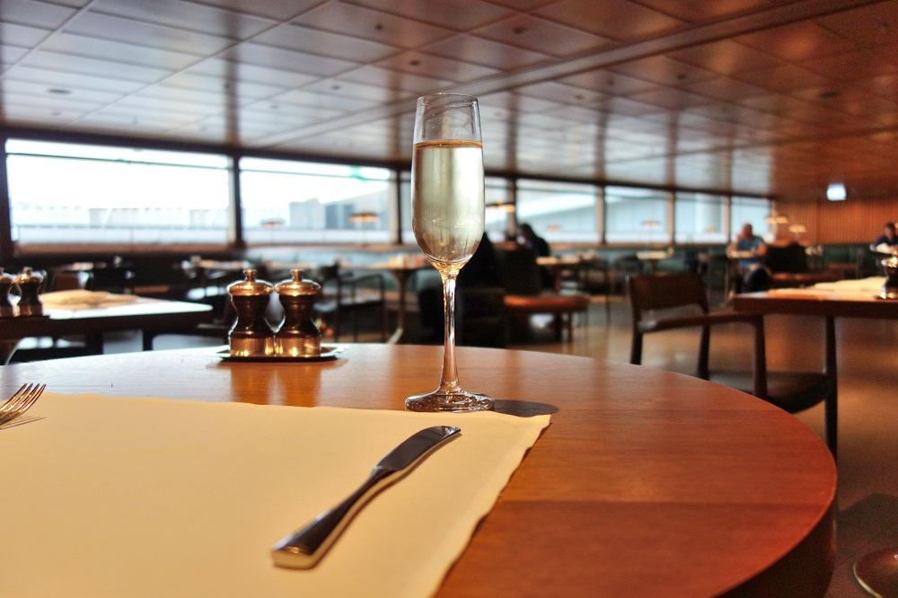 The-Pier-First-Class-Lounge-restaurant (12)