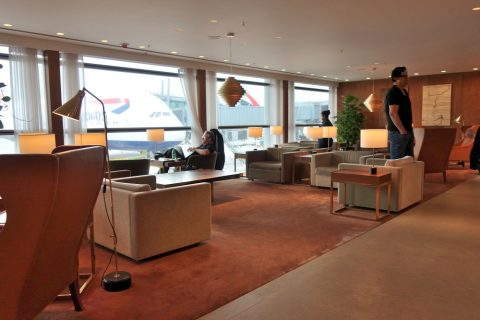 椅子/The-Pier-First-Class-Lounge