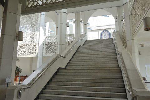 ブルーモスクの階段