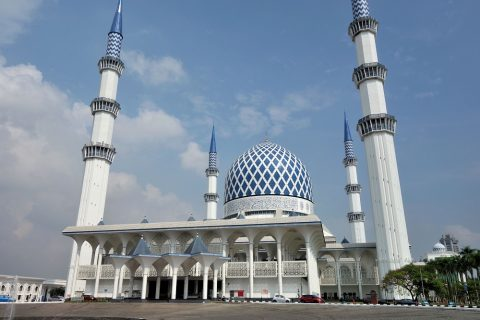 blue mosque-malaysia