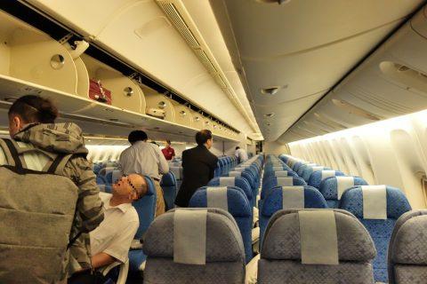 cathaypacific-777-200の3列シート