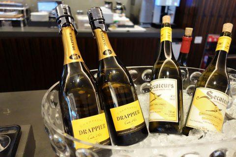 champagne/JALファーストクラスラウンジ成田空港