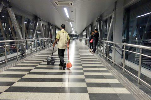 klcc-bukit-bintang-walkway/清掃係