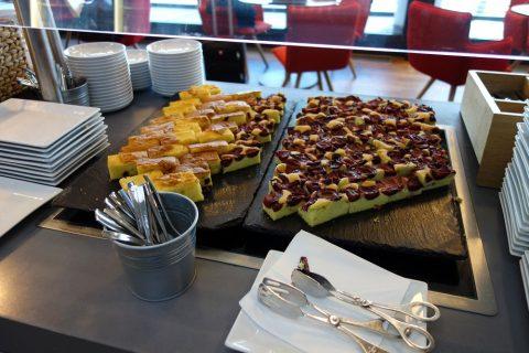 ケーキ/ウィーン国際空港オーストリア航空ラウンジ