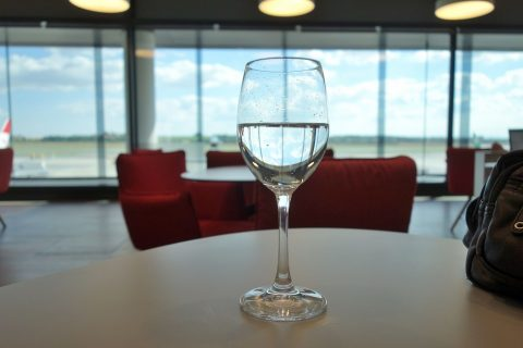 austrian-airlines-business-lounge/ワイングラス