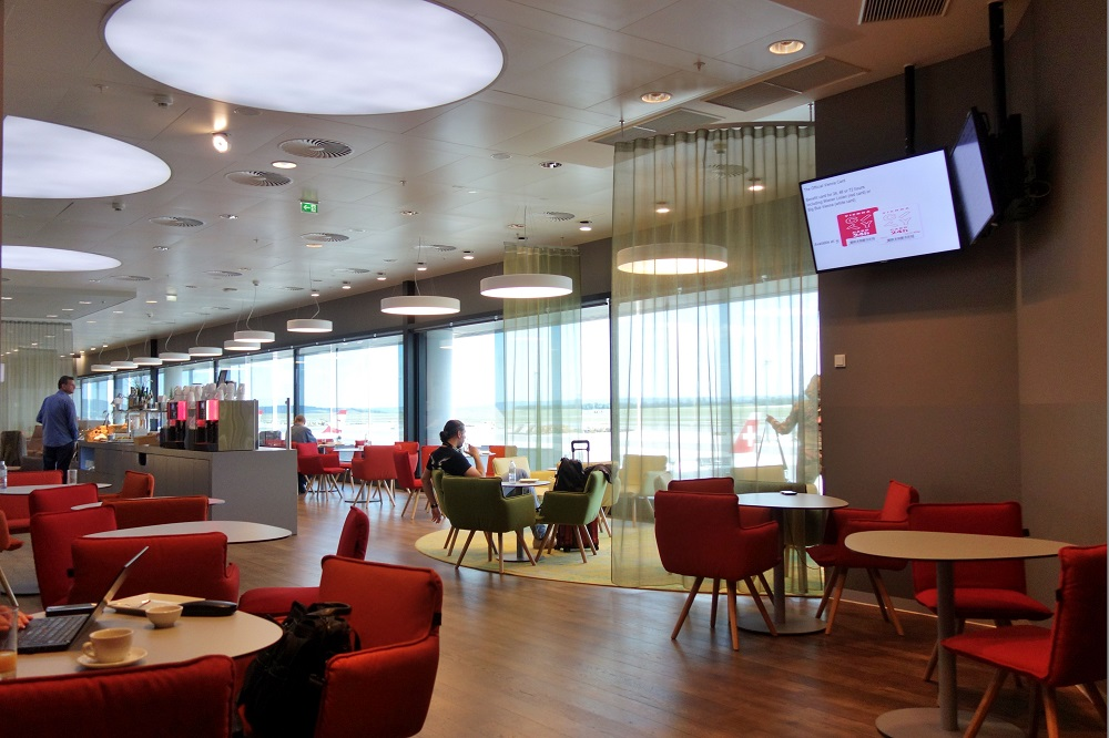 austrian-airlines-business-lounge (3)
