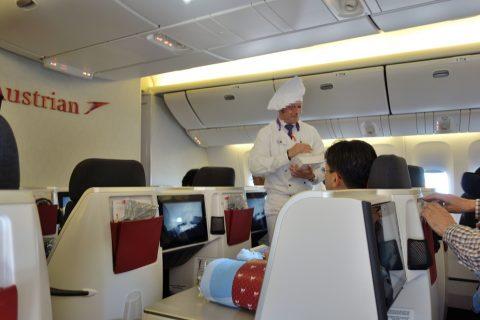 メニューの配布/オーストリア航空ビジネスクラス