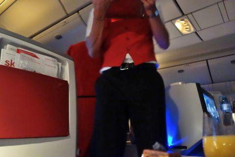 就寝中のサービス/オーストリア航空ビジネスクラス