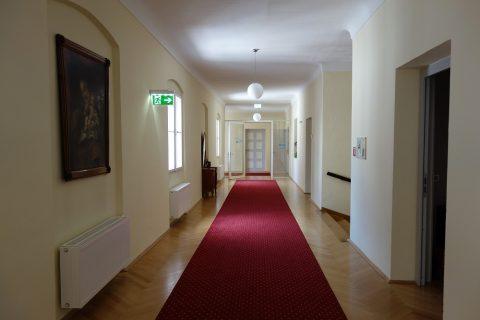 客室の廊下/gastehaus-im-priesterseminar