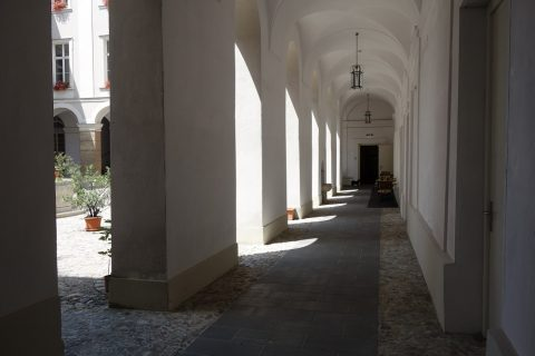 回廊/gastehaus-im-priesterseminar