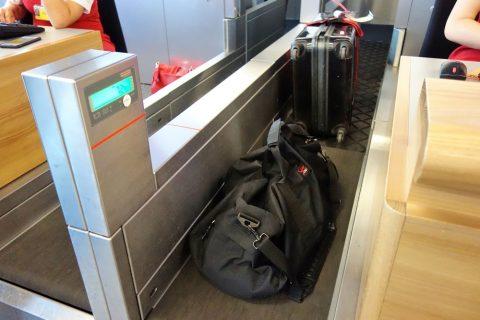 受託手荷物32キロ