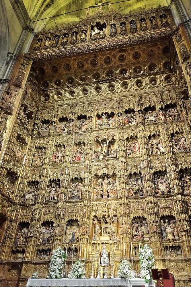 セビリア大聖堂の主祭壇