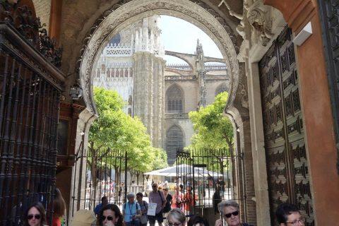 セビリア大聖堂の出口