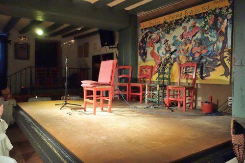 La-Taberna-de-Mister-Pinkleton/ステージ