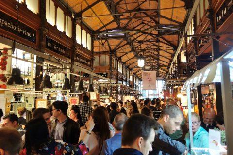 サンミゲル市場の混雑