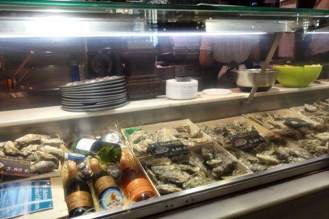 牡蠣の店/サンミゲル市場