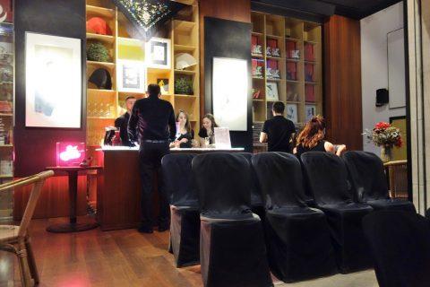 Barの席/フラメンコ博物館