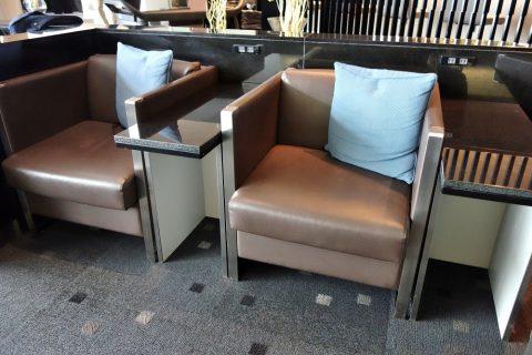ana-loungeの椅子
