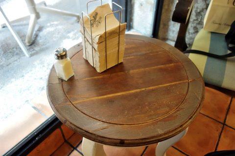 la-rollerie-madrid/テーブル