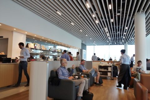 lufthansa-business-lounge-munich/ダイニング