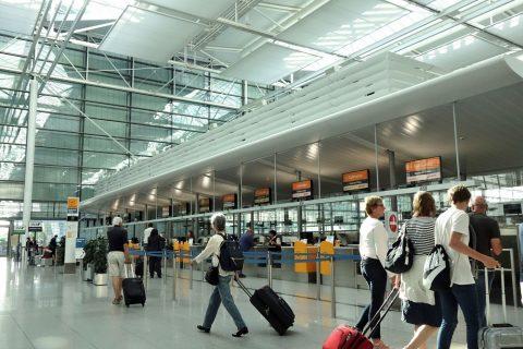 ミュンヘン空港出発ロビー
