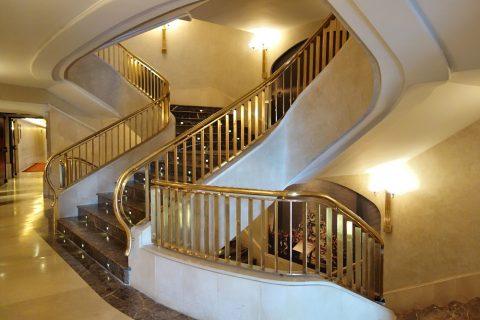 テアトロレアルの階段
