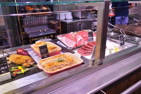 La-Placa-Gastro-Mercat/ハムとチキン