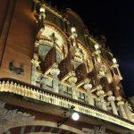 カタルーニャ音楽堂/チケット購入と座席の選び方!誰でも入れる美しい社交場へ