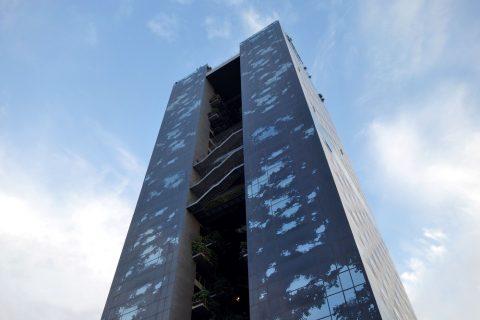 Renaissance-Barcelona-Fira/高層ビル